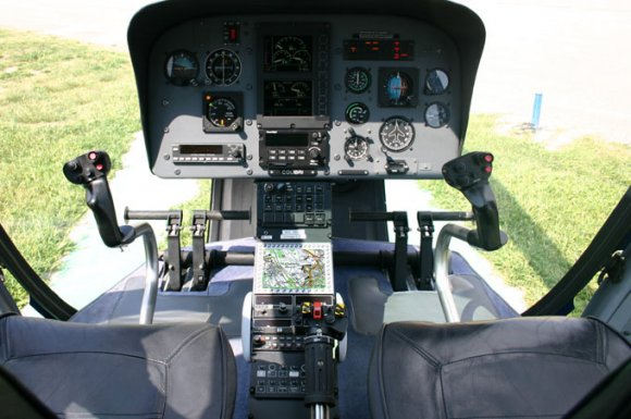 AS350: MT VisionAir EP, Installation im Center Stack<br>